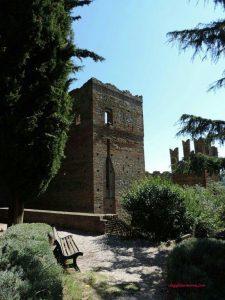 Ritorno al Medioevo un giorno a Castell'Arquato e Grazzano Visconti -Giardini Giovanni Paolo II Castell'Arquato-