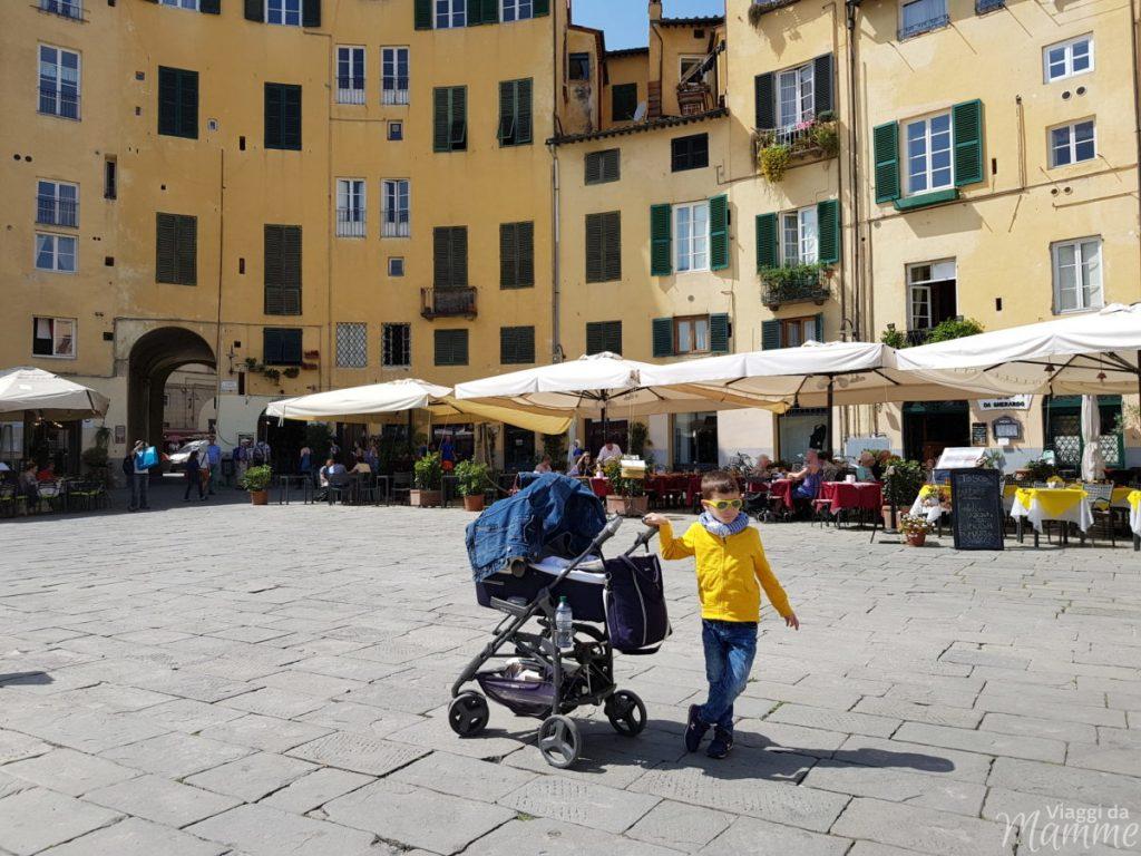 Lucca con bambini