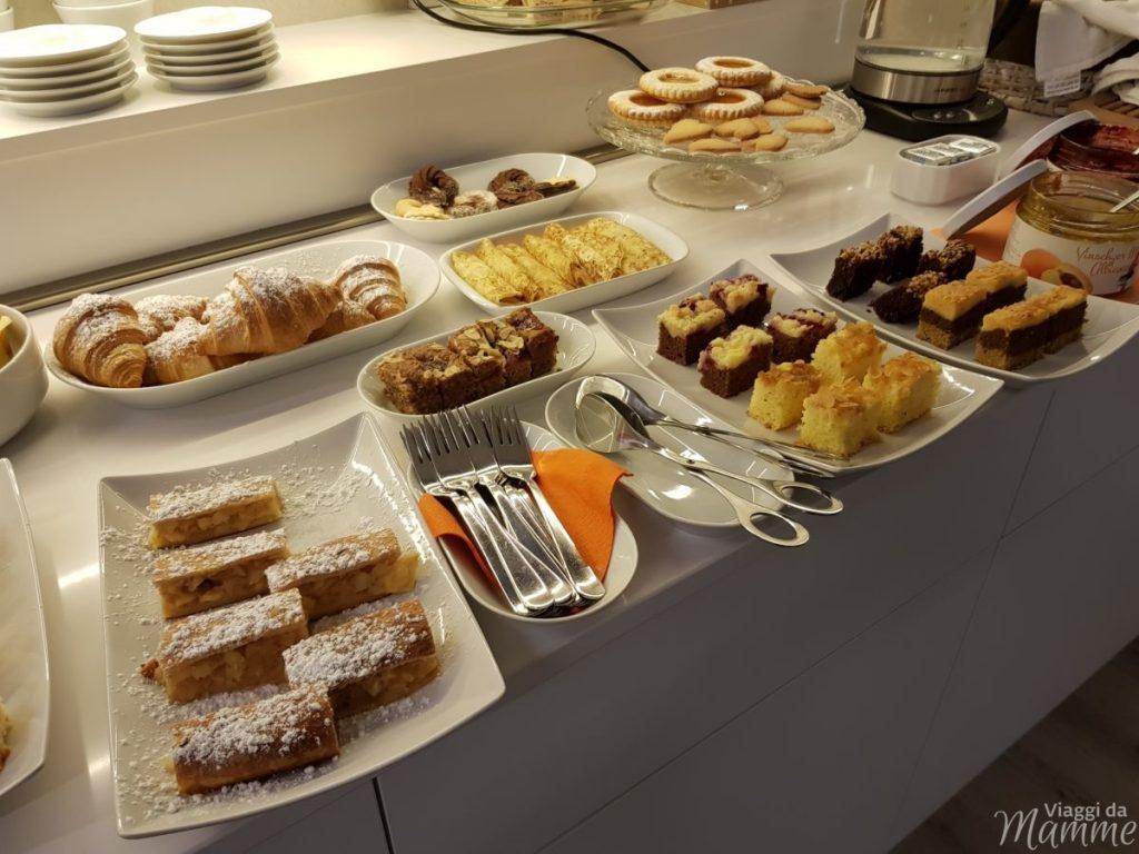Casa di Babbo Natale a Riva del Garda e Accademia degli Elfi -colazione al GardaBreak Rooms&Breakfast-