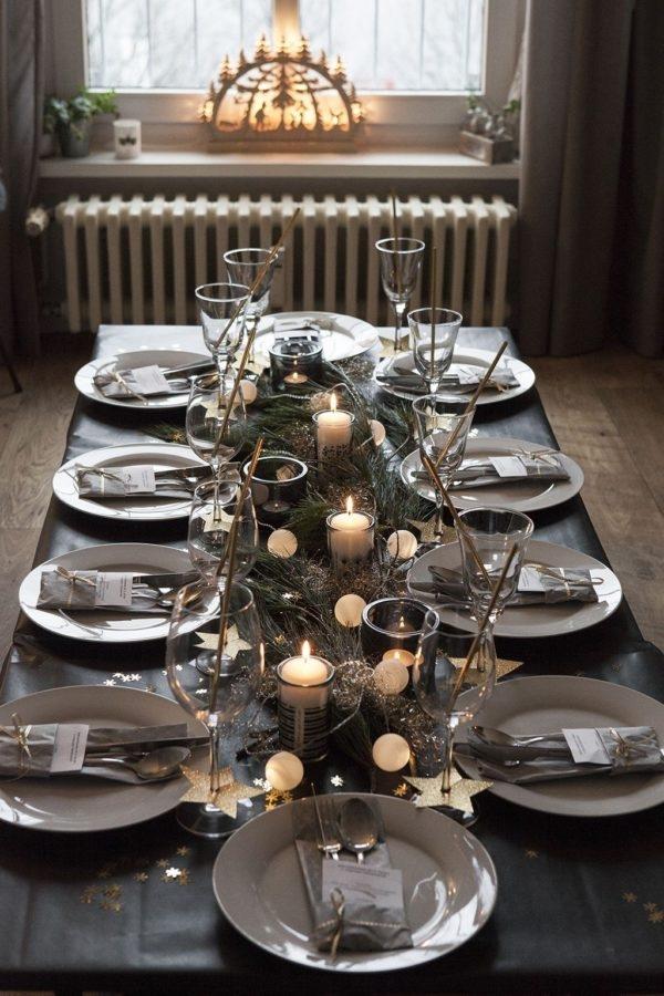 Apparecchiare Tavola Di Natale Foto.Come Apparecchiare La Tavola Di Natale Decori E Abbinamenti Viaggi Da Mamme