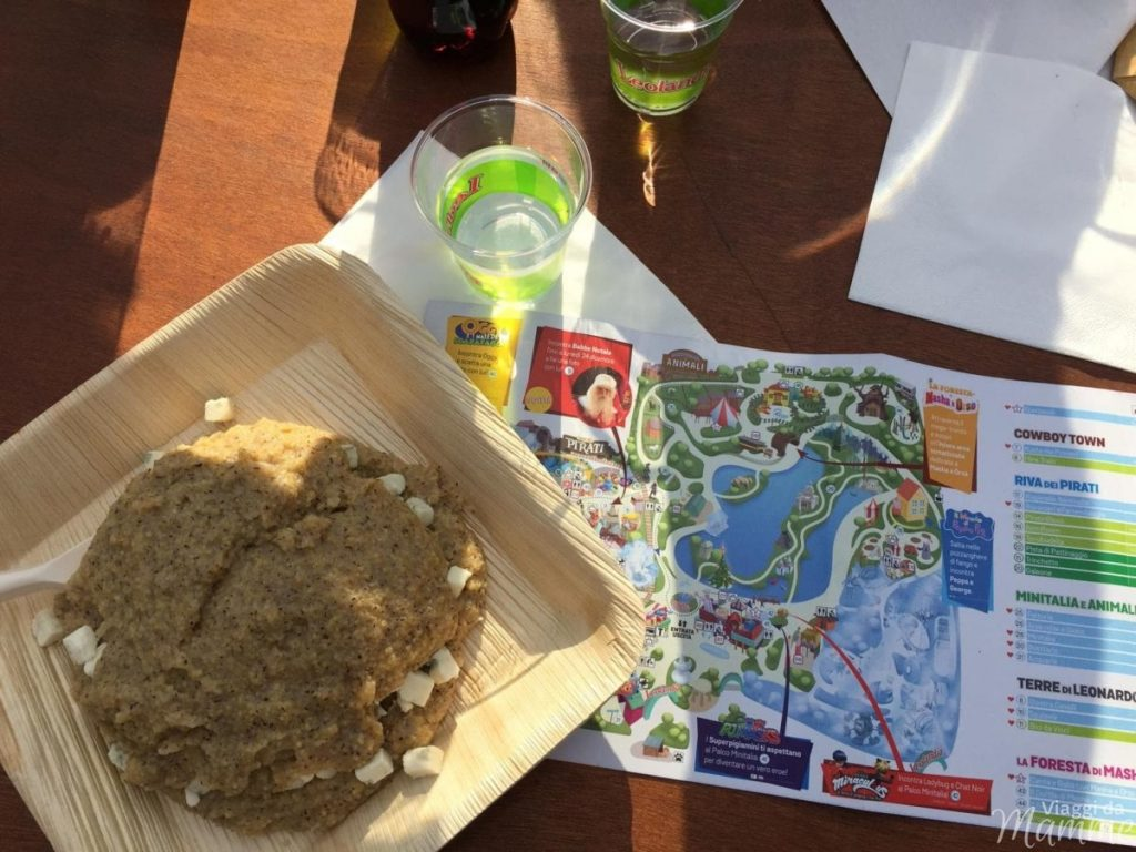 Polenta e mappa del parco