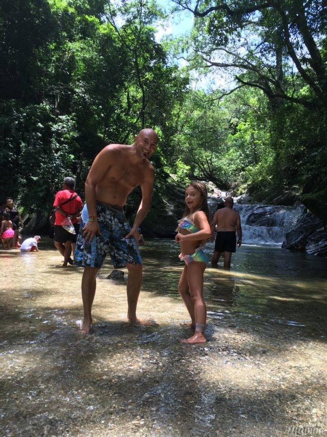 Viaggio in Colombia con bambini lungo la costa caraibica -piscine naturali del Rio Minca