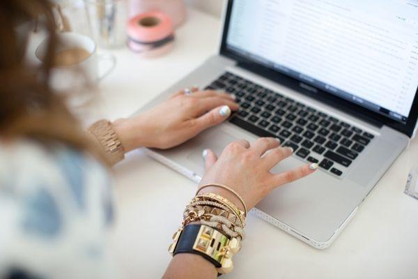 Come lavorare da casa: essere mamma e freelance