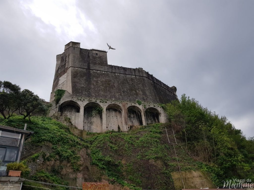 Golfo dei Poeti Lerici: cosa fare e cosa vedere in un giorno - Castello di Lerici