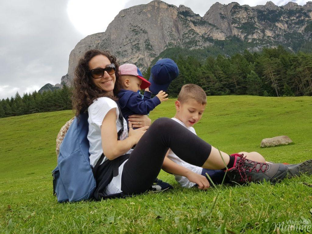 Malga Tuff: escursione sotto lo Sciliar con bambini -noi e lo Sciliar-