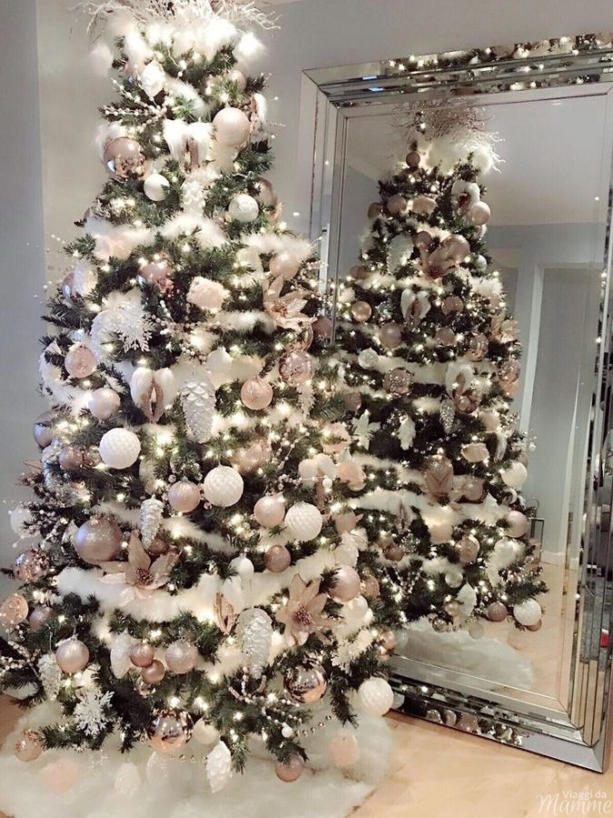 Alberi di Natale addobbati eleganti