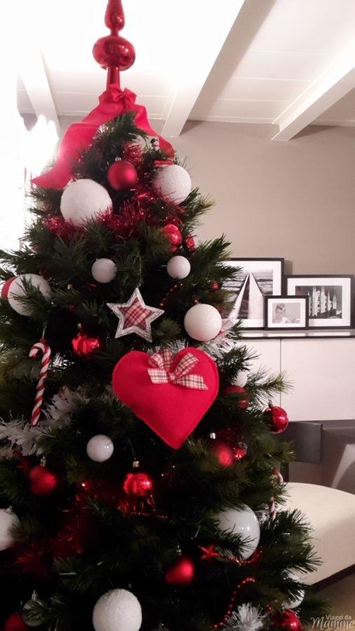 addobbare l'albero di Natale