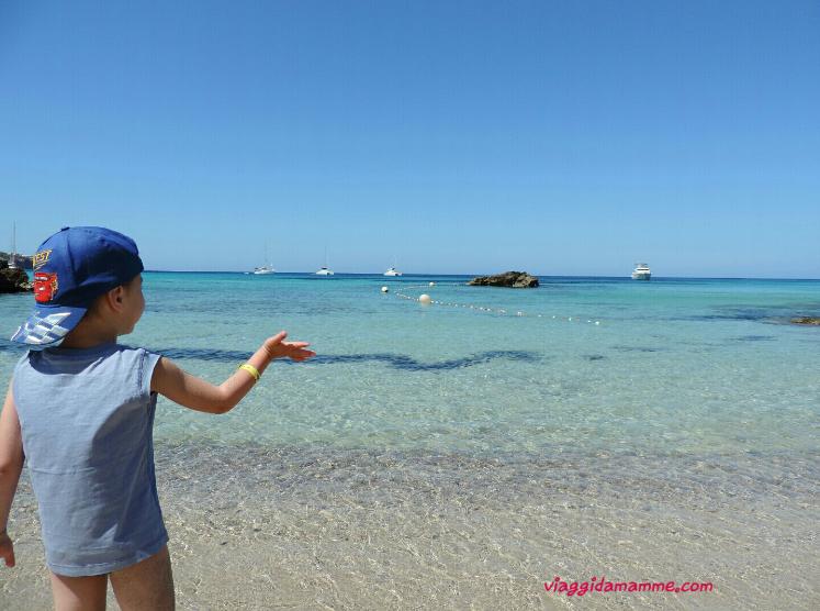 Vacanza ad Ibiza con bambini: consigli sulle spiagge da vedere e cosa fare -Cala Tarida-