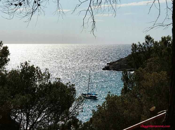 Vacanza ad Ibiza con bambini consigli sulle spiagge da vedere e cosa fare -Cala Salada-