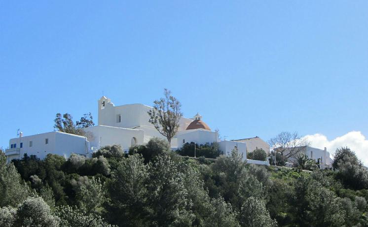 Vacanza a Ibiza con bambini : consigli sulle spiagge da vedere e cosa fare - Chiesa di Santa Eularìa del Rio -