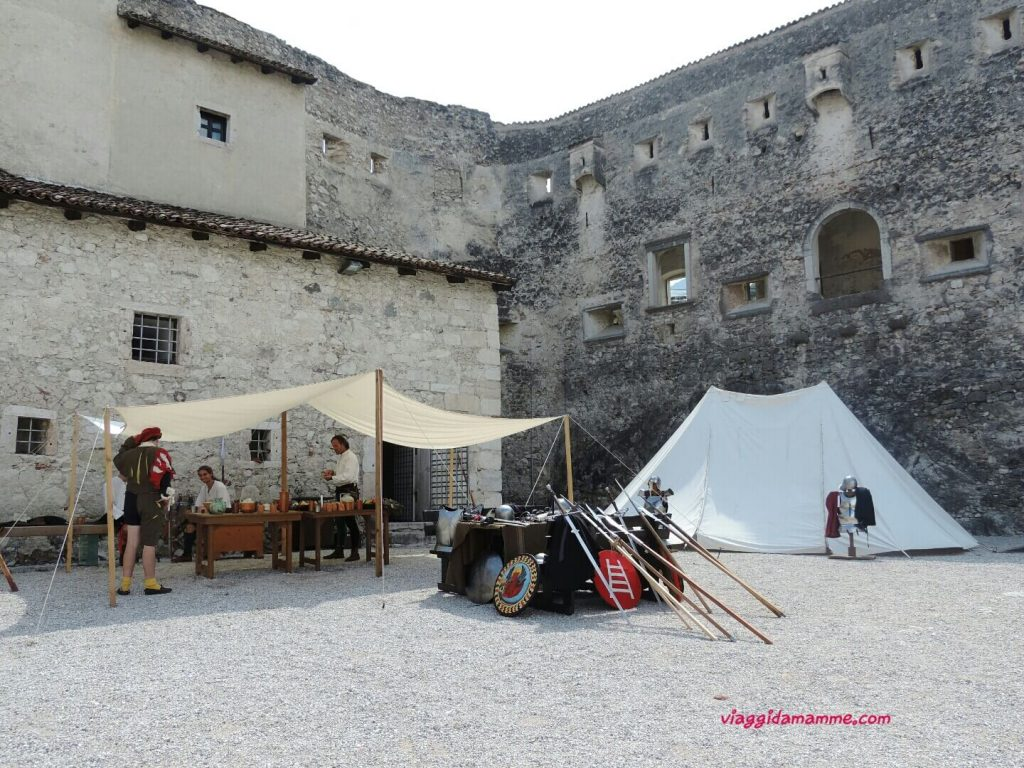 Castel Beseno il Trentino e i suoi castelli con i bambini foto 3