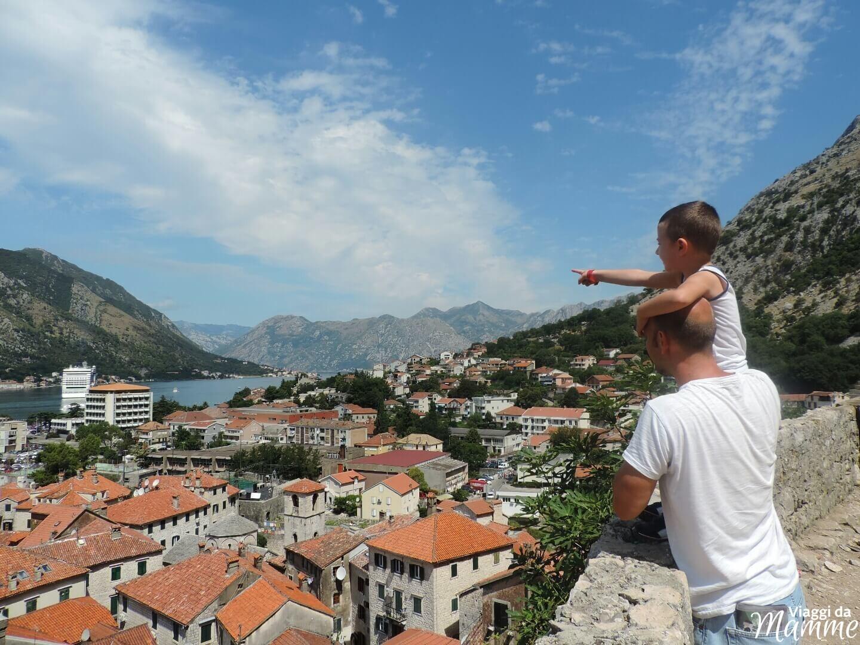 Consigli utili per un viaggio in montenegro viaggi da mamme for Dormire a amsterdam consigli