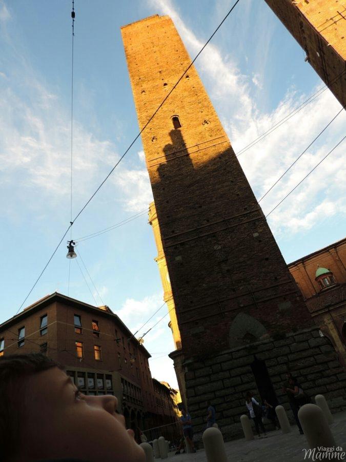 Cosa vedere a Bologna con bambini in due giorni -le torri-